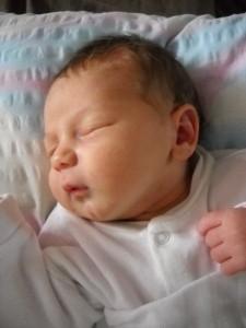 Bence baba megszületett