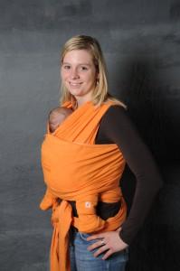 A babahordozás kényelmes és biztonságos