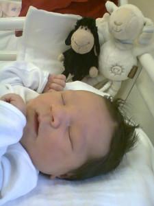 Kira baba császármetszéssel született a SOTE I. Klinikán