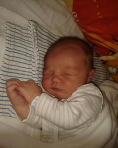 """Marcell születése """"Nehéz elengedni a 3. babát..."""" - szüléstörténet"""