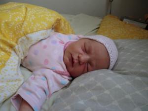 Lili baba otthon született