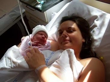 Anyává válni - Dóri kisbabájával