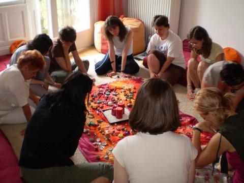 Dúlaképzés - női kör